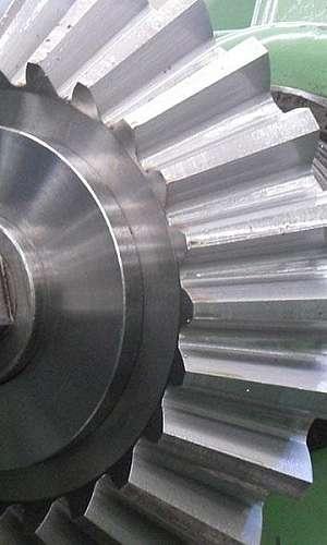 Engrenagem industrial cônica