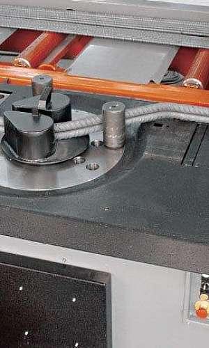 Manutenção de máquina corte e dobra