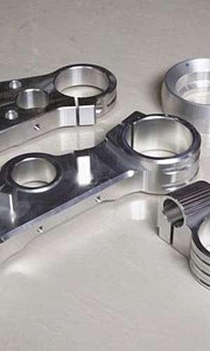 Usinagem de peças de aço
